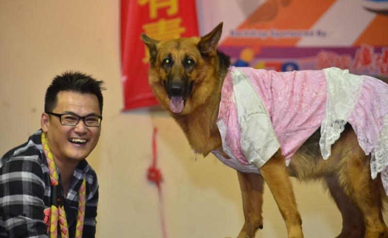pet owner from My Pet My Buddy 2014 SPCA Sandakan